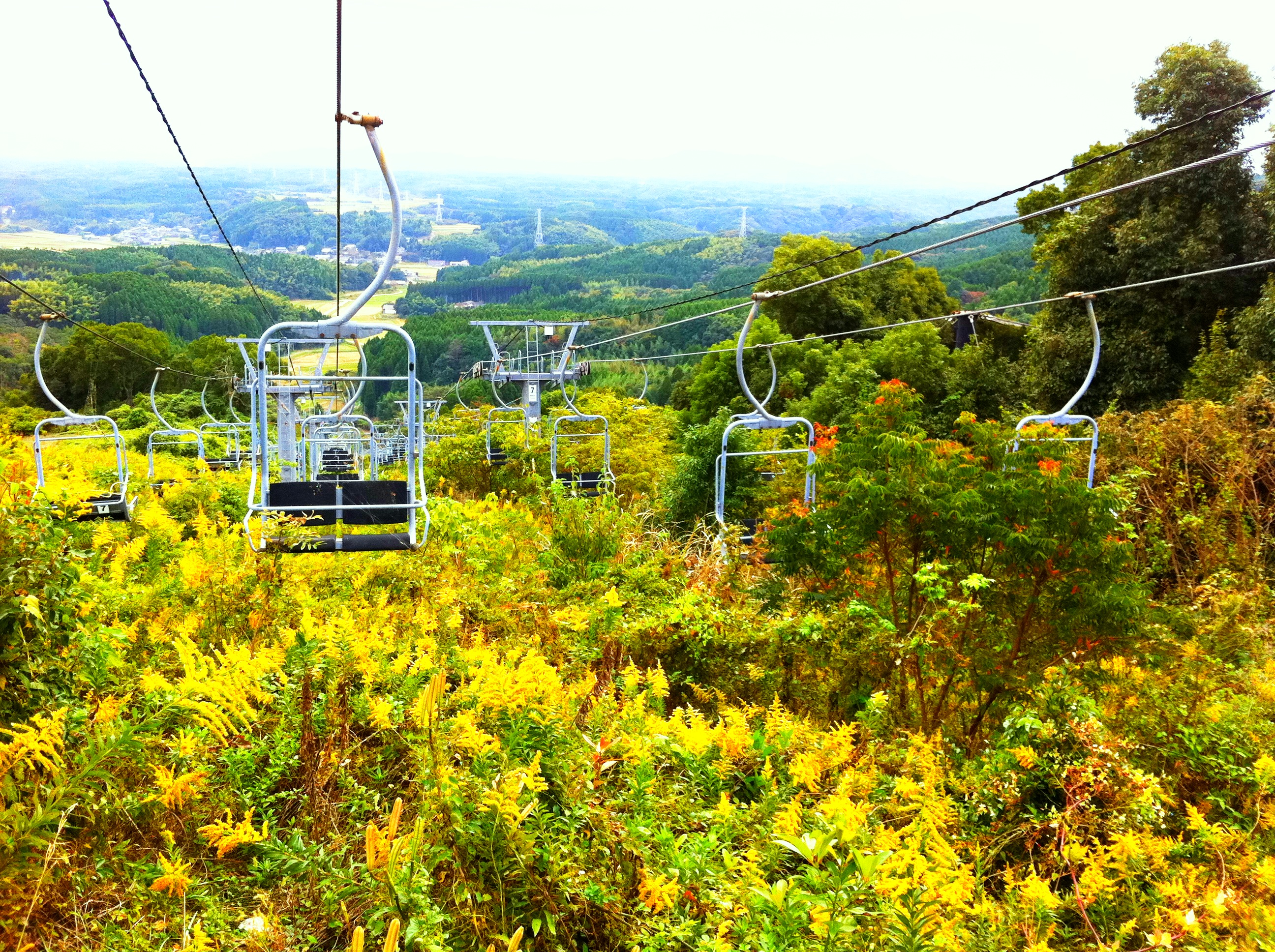on abandoned ski resorts in japan | 逃散 | this japanese life.